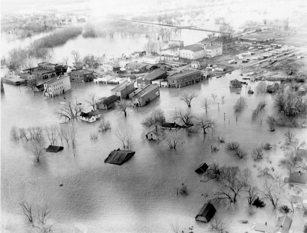 Missouri River flooding in Fort Pierre, SD, 1952