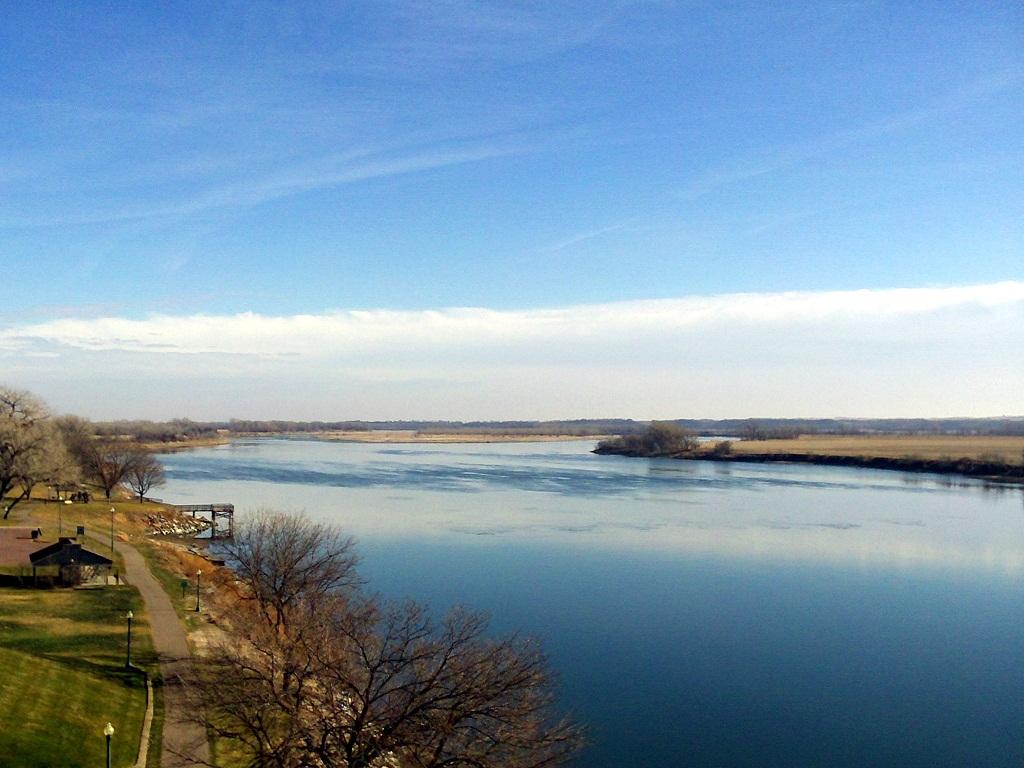 A sunny Saturday, 60°F, looking east on the Missouri River from the Meridian Bridge, Yankton, South Dakota, December 1, 2012.