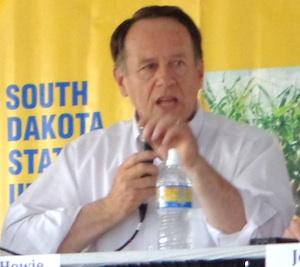 Independent candidate for U.S. Senate Gordon Howie, Dakotafest, Mitchell, SD 2014.08020