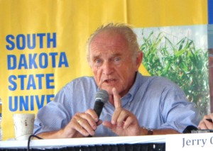 Independent candidate Mike Myers, at Dakotafest, Mitchell, SD, 2014.0820
